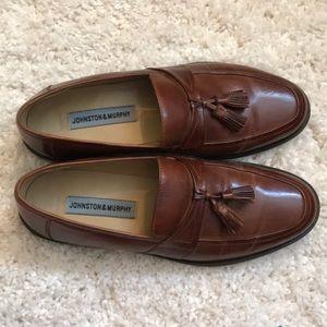 Johnson & Murphy, size 9.5 medium dress shoes